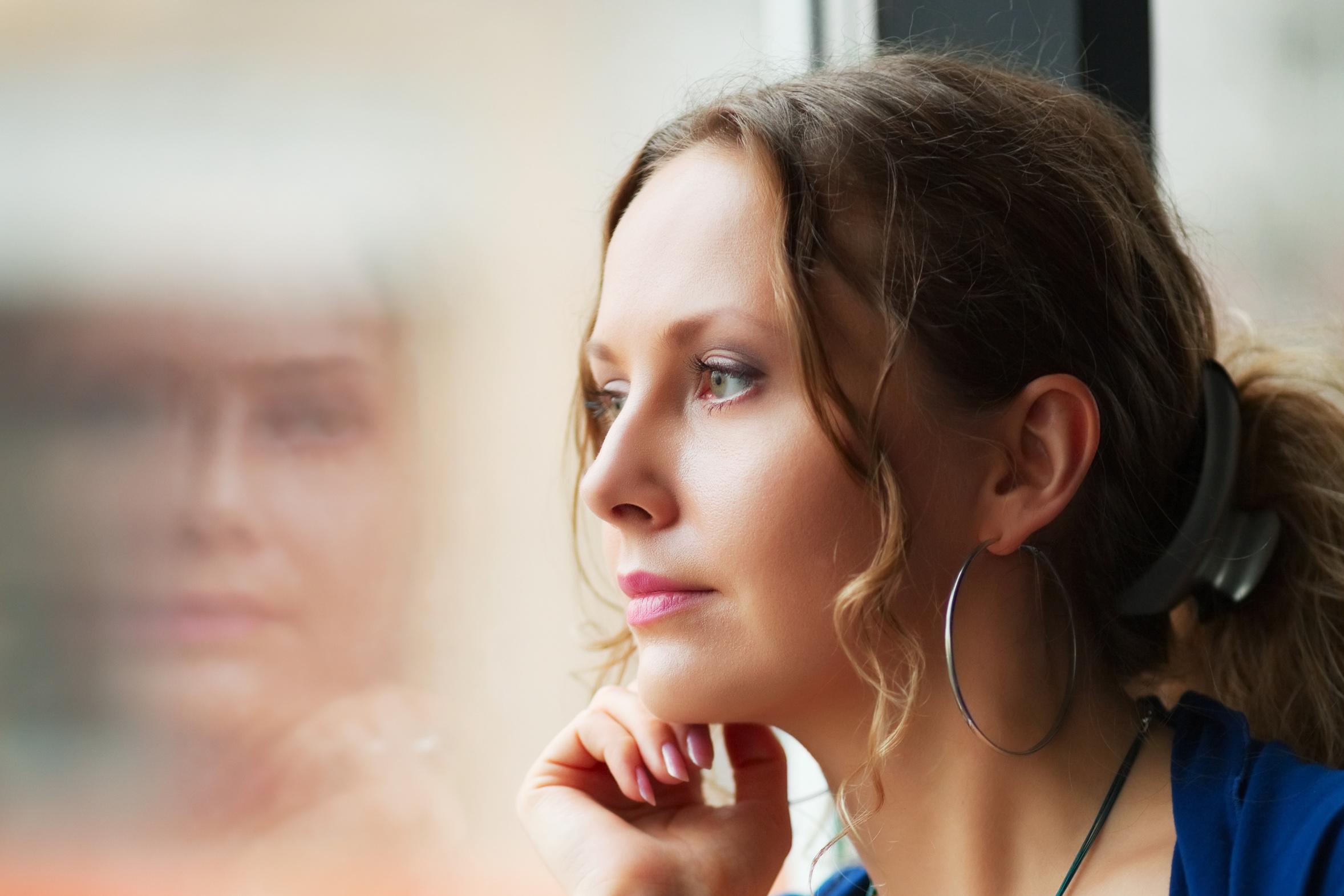 Картинки одинокие женщины